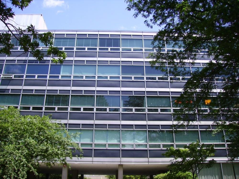 Karl T. Compton Laboratories, 1955, Skidmore, Owings & Merrill (New York)